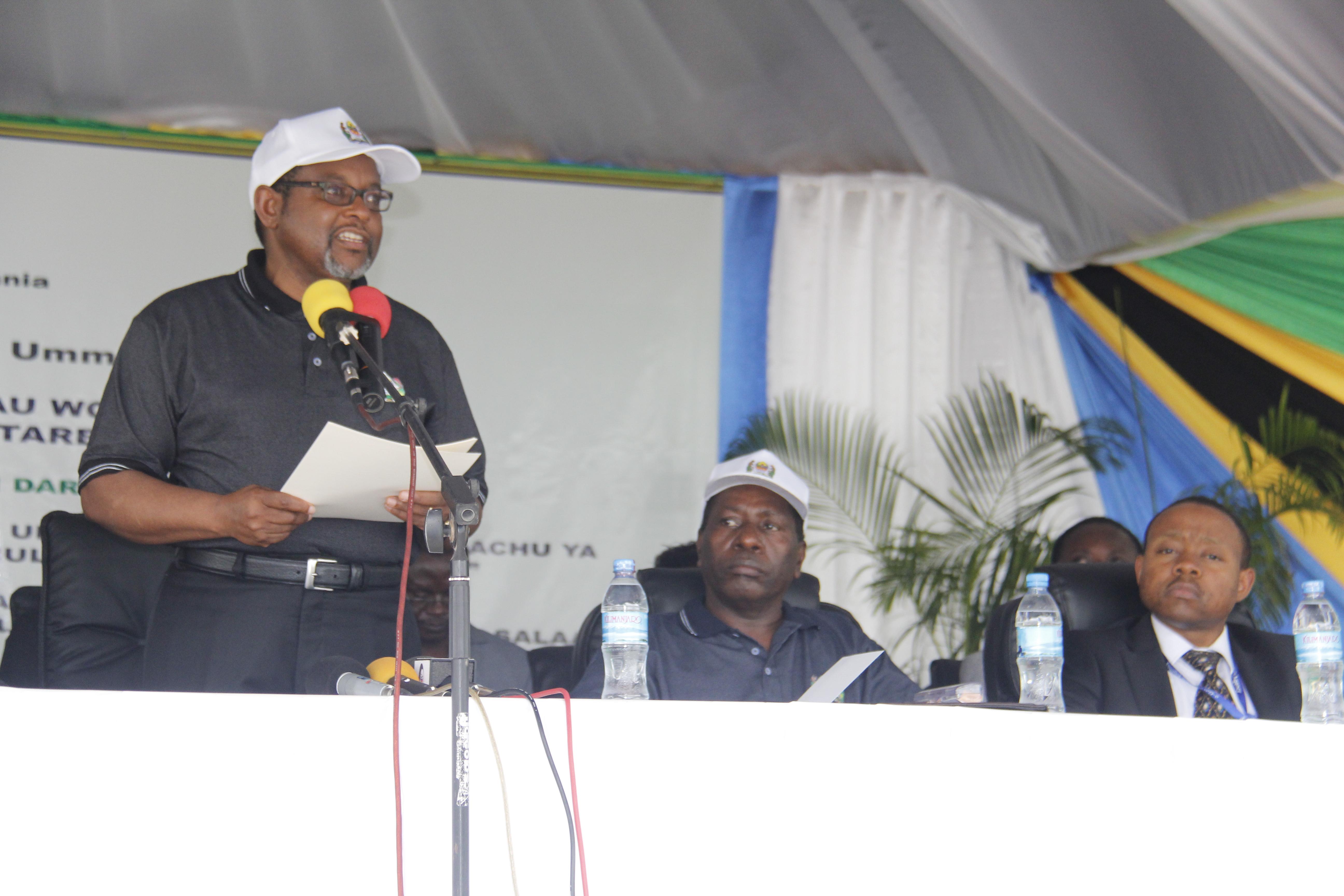 Katibu Mkuu Kiongozi, Balozi Ombeni Y. S...